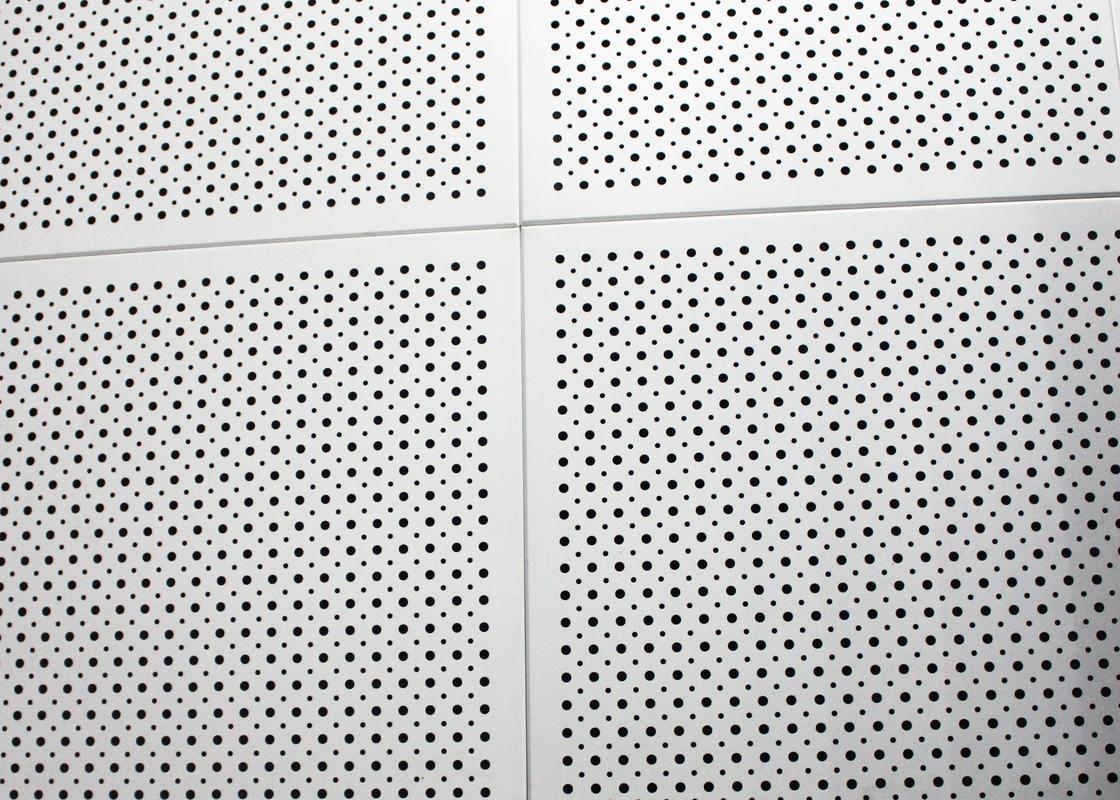 偽天井のタイルで置かれる細胞フレーム マイクロ穴があいた T 棒中断された天井を開けて下さい