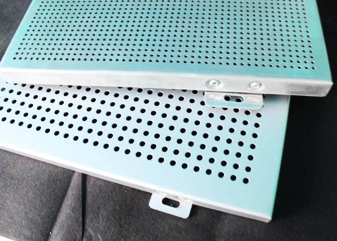 couvrez les panneaux de mur en aluminium avez perfor la. Black Bedroom Furniture Sets. Home Design Ideas